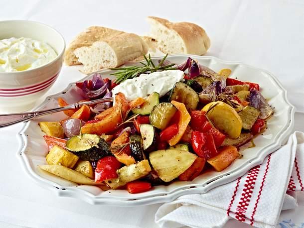 Schmorgemüse mit Fetadip Rezept