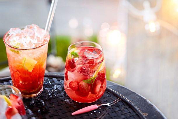 Schnelle Erdbeerbowle Rezept