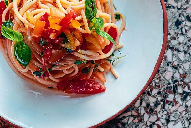 Spaghetti Colatura di Alici mit Tomaten Rezept