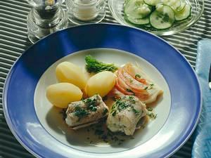 Aal grün in Kräuter-Fenchelsud Rezept