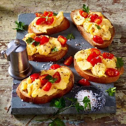 After-Work-Rühreibrot mit Tomaten Rezept