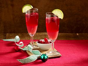 Alkoholfreier Cran-Raspberry Cooler Rezept
