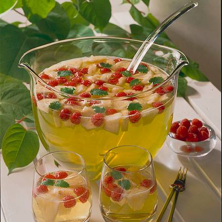 Ananas-Himbeer-Bowle Rezept