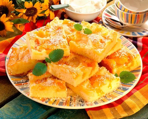 Ananas-Mandarinen-Blechkuchen Rezept