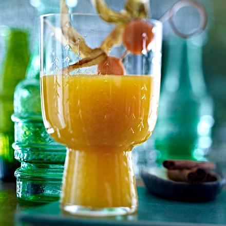 Ananas-Mango-Smoothie mit Guyabano Rezept