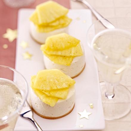Ananas mit Mandelcreme Rezept