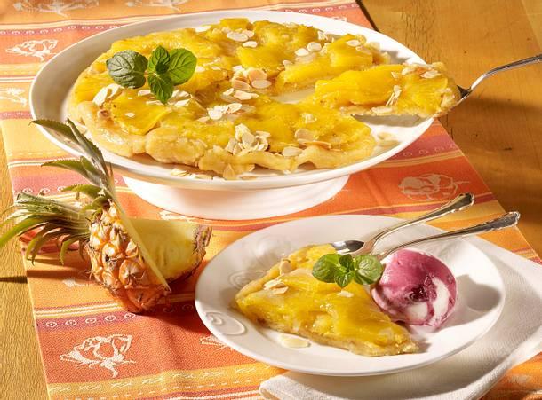 Ananas-Tarte mit Kirsch-Eis Rezept