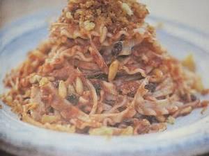 Anna Ws Pasta con acciughe e pomodoro (von Jamie Oliver) Rezept