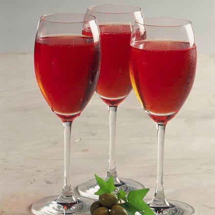 Aperol-Ananas-Drink Rezept