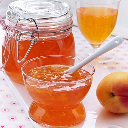 aperol spritz gelee mit aprikosen rezept chefkoch. Black Bedroom Furniture Sets. Home Design Ideas