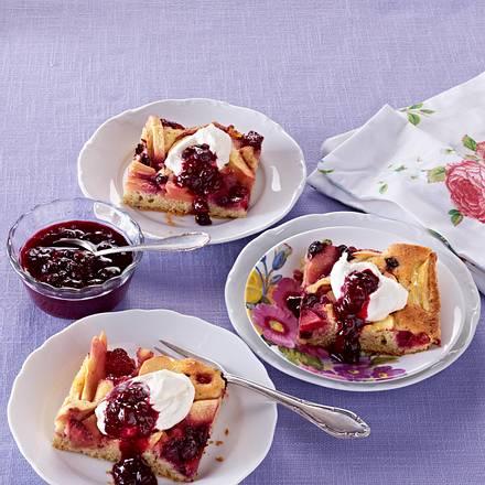 Apfel-Beeren-Kuchen mit Haselnussteig Rezept