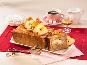 Apfel-Calvados-Nusskuchen Rezept