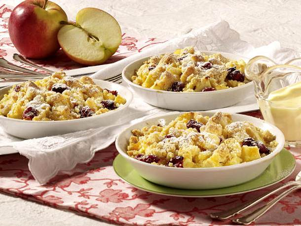 Crumble - knusprige Streusel-Leckerei mit Frucht - Apfel-Cranberry-Crumble