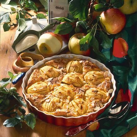 Apfel-Grieß-Torte Rezept