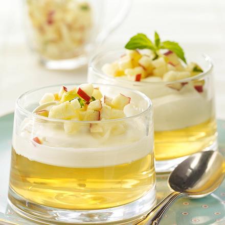 Apfel-Ingwer-Gelee mit Sahnejoghurt Rezept