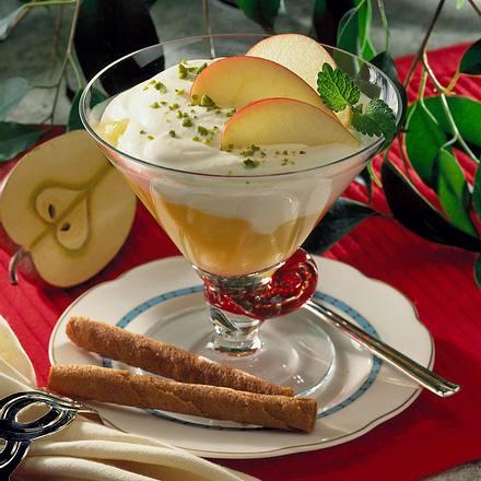Apfel-Ingwerkompott mit Sahnequark Rezept