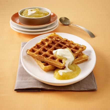 Apfel-Joghurt-Waffeln mit Apfelmus Rezept
