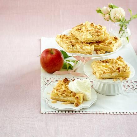 Apfel-Käsekuchen mit Streuselkrokant  Rezept