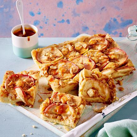 Apfel-Karamell-Kuchen vom Blech Rezept