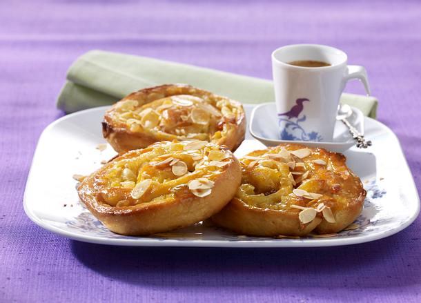 Apfel-Marzipan-Schnecken Rezept
