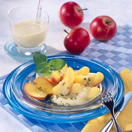 Apfel mit Weinschaumsoße Rezept