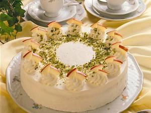 Apfel-Rübli-Torte Rezept