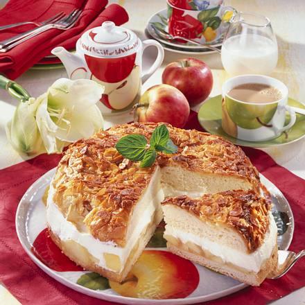 Apfel-Sahne-Bienenstich Rezept