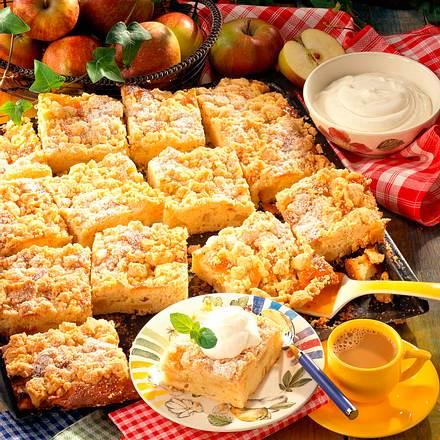 Apfel-Streusel-Blechkuchen Rezept