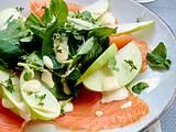 Apfel- und Räucherlachs-Salat Rezept