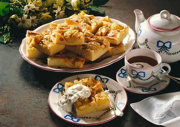 Apfelbutterkuchen vom Blech Rezept