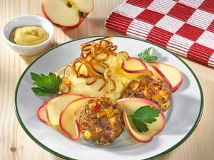 Apfelfrikadellen mit Röstzwiebel-Kartoffelpüree Rezept