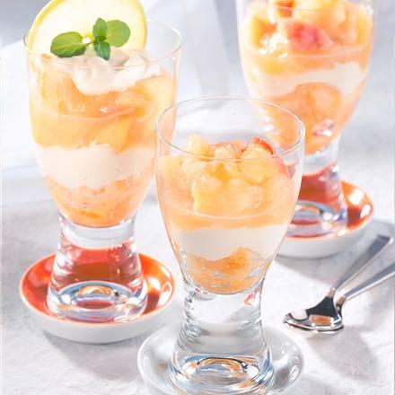Apfelkompott-Schmand-Schicht-Speise Rezept
