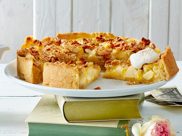 Apfelkuchen mit Bienenstichdecke Rezept