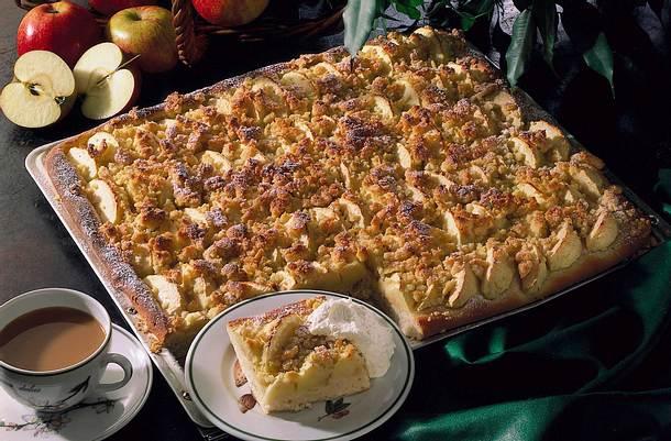 Apfelkuchen mit Ingwer-Mandel-Streuseln Rezept