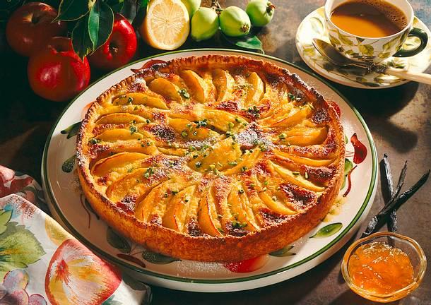 Apfelkuchen mit Zitronen-Crème-fraîche Rezept