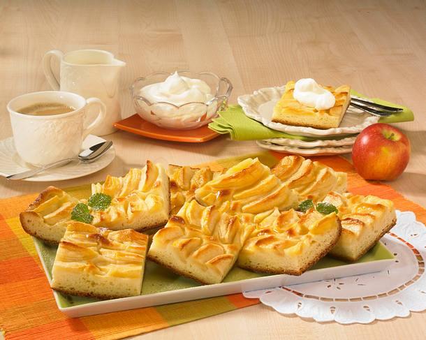 Apfelkuchen vom Blech Rezept