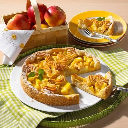 Apfelmarzipan-Kuchen Rezept