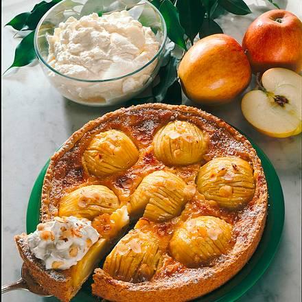 Apfeltorte mit Crème fraîche Rezept