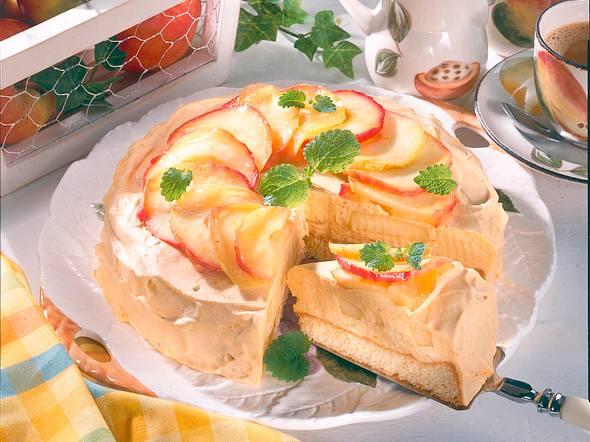Apfeltorte mit Sanddorn-Sahne Rezept