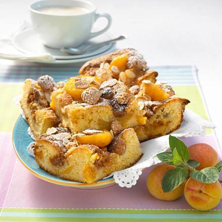 Aprikosen-Amarettini-Kuchen Rezept