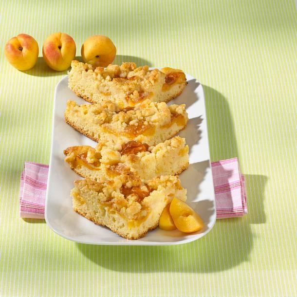 Aprikosen-Amaretto-Streusel-Kuchen Rezept