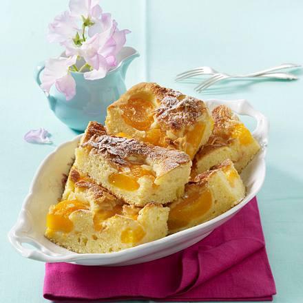 Aprikosen Bienenstich Blechkuchen Rezept Lecker