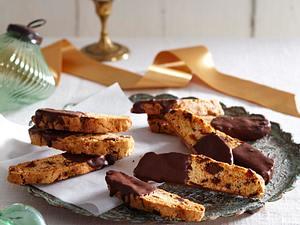 Aprikosen-Biscotti mit Schokoguss Rezept