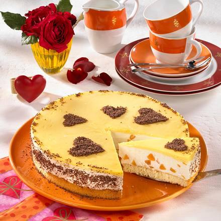 Aprikosen-Eierlikör-Kuchen für Verliebte Rezept