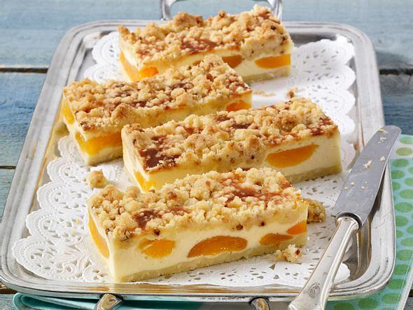 Aprikosen-Käsekuchen mit Krokantstreusel Rezept