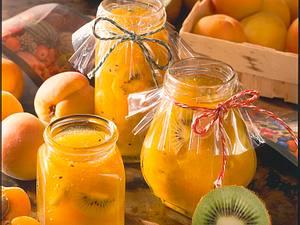 Aprikosen-Kiwi-Konfitüre Rezept