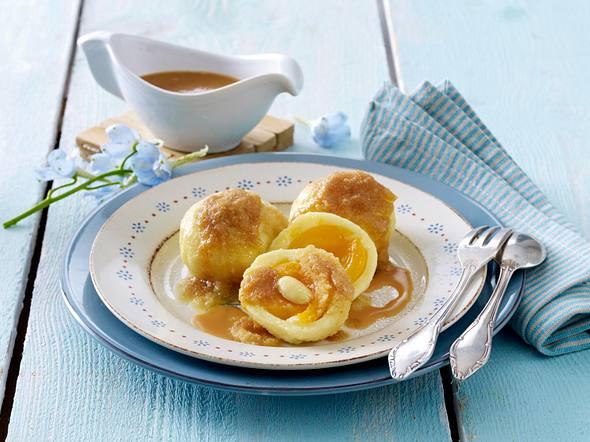 Aprikosen-Knödel mit Vanille-Karamell-Soße Rezept