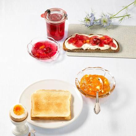 Aprikosen-Konfitüre mit weißer Schokolade Rezept
