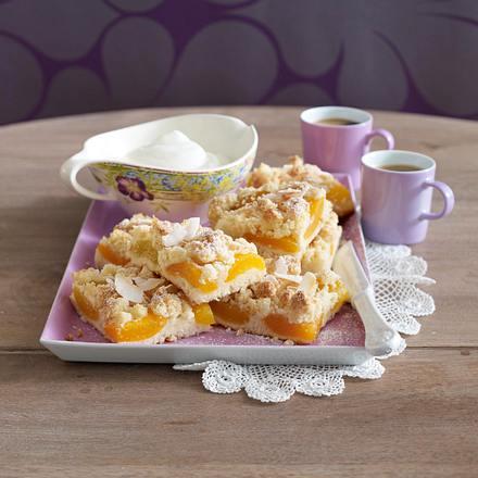Aprikosen-Kuchen mit Kokosstreuseln Rezept