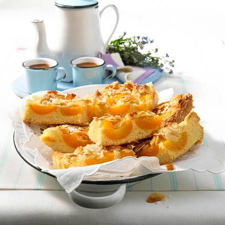 Aprikosen-Mandel-Kuchen Rezept